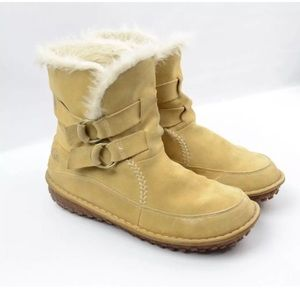 Sorel warm ankle boots